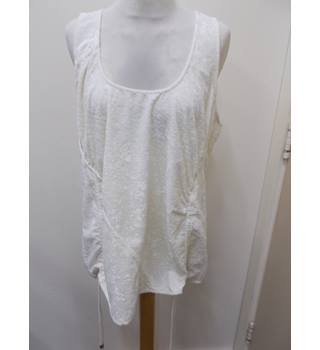 Next - Size: 14 - Cream / ivory - Sleeveless top