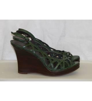 b4035c77cf Womens Aldo Green Leather Peep Toe Summer Slingback Shoes Platform Wedges  Sandals Size 3 36