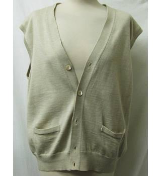 Ralph Lauren - Size: 42 L - Green - Jumper · £24.99 · Ermenegildo Zegna -  Size: XL - Beige - Cardigan in 100% extra fine merino