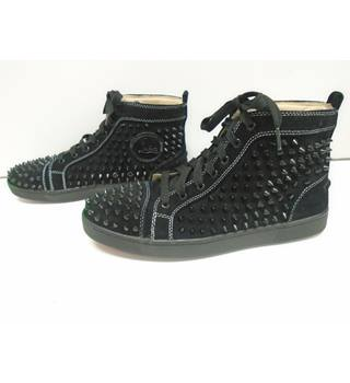 pick up 90543 1052c Christian Louboutin, size 9/43 black spiked trainers | Oxfam GB | Oxfam's  Online Shop