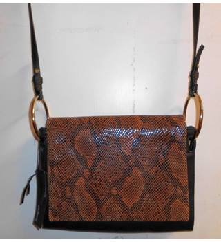 amp; Handbags Oxfam Backpacks Second Women's Hand Gb Purses 6qfZBfwxg