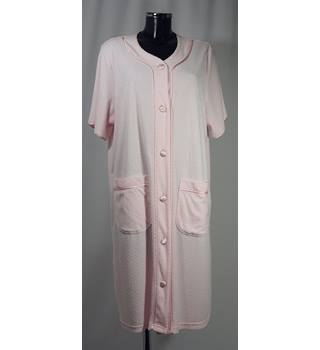 a64a3b3842 BNWOT M amp S Woman Dressing Gown - Pink - Size 16 18S M amp