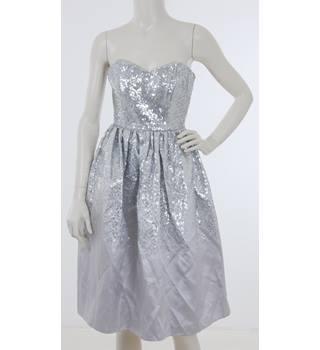 9b265190146e BNWT Goddiva Size 8 Silver and Pale Grey Sweetheart Neckline Sequin Midi  Dress