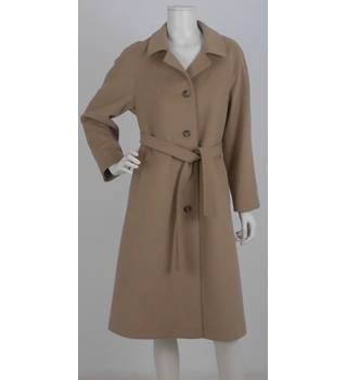 106ee10ceb Vintage Admyra London Size  12 Beige Cashmere  amp  Wool Blend Coat with  Belt