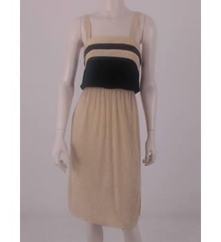 Vintage 70s Mr.Darren Size  S Cream  amp  Black Towelling Dress 527890608