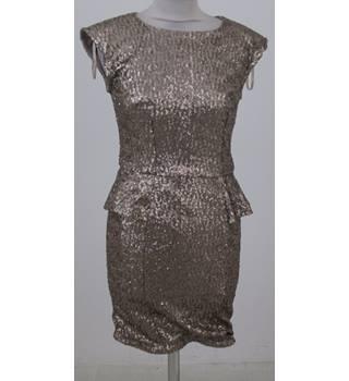 5bfdc55fa56 AX Paris Size 8 Metallic Mini dress