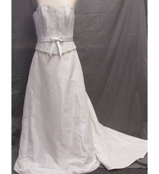 c7934458a2b NWT-True Bride - Size  14 - Cream   ivory - Wedding dress
