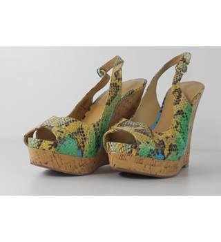 5e060845863b Nine West Size 4.5 Tropical Colour Faux Snake Pattern Wedge Shoes