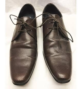 21971a023c0c6 Men s Vintage   Second-Hand Shoes   Boots - Oxfam GB