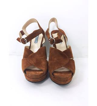 fb7cd74f48ae Prada Size  8 Tan Brown Peep Toe Block Heeled Shoes