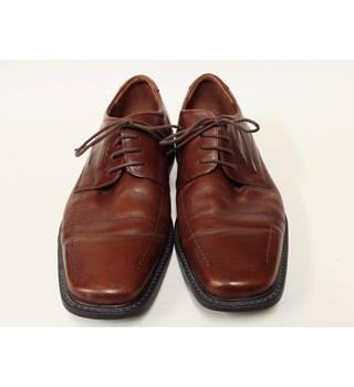 1845d61f616a5 Men s Vintage   Second-Hand Shoes   Boots - Oxfam GB