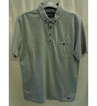 fe39a35bf Men s Vintage   Second-Hand T-Shirts   Tops - Oxfam GB