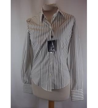 7384f81a762b0e Brand New With Tags Hobbs - Size  8 - Blue - Long sleeved shirt