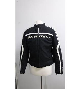 4de320250 Men s Vintage   Second-Hand Jackets   Coats - Oxfam GB