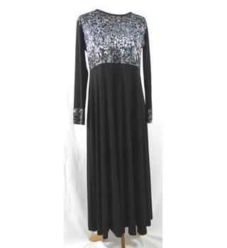 fcb22d4efb3 Famham Size S M Vintage 1980 s Black and Grey dress