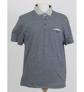 3bd00504a Men s Vintage   Second-Hand T-Shirts   Tops - Oxfam GB