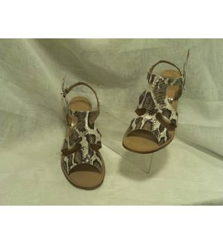ab480201faa7 PENELOPE CHILVERS Animal Print Sandals Penelope Chilvers - Size  9 - Brown  - Heeled shoes