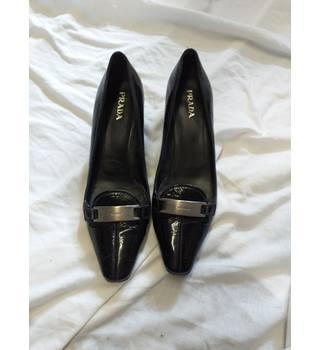 0f4e4130b49a Prada - Black - Patent Leather - Court Shoes - UK 6  EUR 39 PRADA