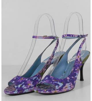 b7375b8cce4a Moschino Purple Sky Blue Floral Print Stiletto Sandals Size 5   38
