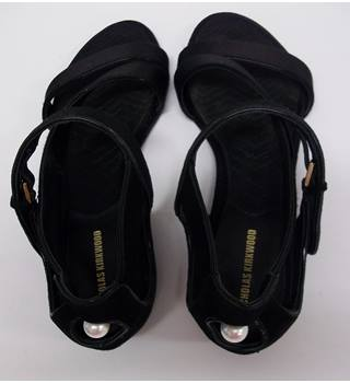77fa6f7a6 NICHOLAS KIRKWOOD - Size  38.5 - Black - Sandals with Pearl
