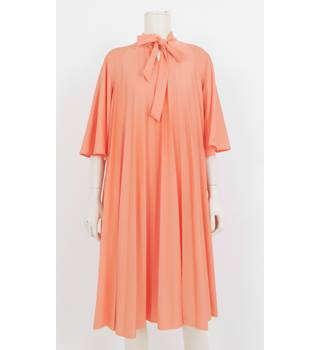 ab68b249e08 Vintage 1970 s Kitty Copeland Size  12 Coral Pink Pleated Smock Dress
