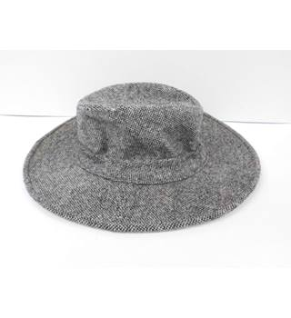 958e612eeb13d Foxhunter (Ireland) 100% Pure Wool Wide Brim Hat Foxhunter - Size  Large