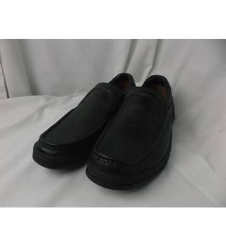 e786265b3e654c BNWOT Clarks Cushion Cell Black Leather Slip-on - size 7H