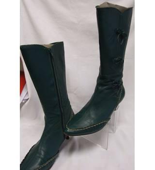 8139ec6f7ebd Calf length leather kitten heel boots Neet - Size  5 - Green - Boots