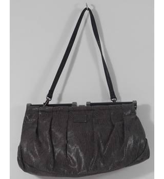 67d6af9fe244 Fiorelli Size One size Grey Handbag