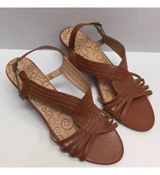 a0b67730a26a4 Tan Low Wedge Sandal from Lilley and Skinner, Size 7
