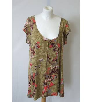 d9e0e4b9a20 White Stuff 14 cotton floral green lightweight top blouse scoop neck cap  sleeve pleated smock tunic