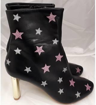 72d5a443cb44 Sergio Todzi black boots Sergio Todzi - Size  6 - Black - Boots
