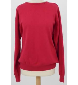2b84cb28699 Woolovers size M deep pink and beige crew neck jumper
