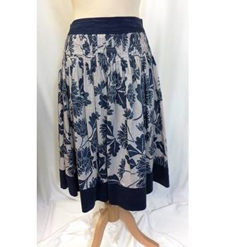 7f871890 Coast Skirt Coast - Size: 8 - Blue - Knee length skirt