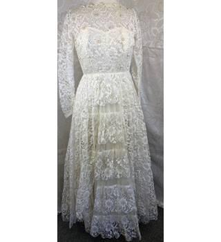 21cadb67c8 Vintage 1970-80 wedding dress size 12-14 Unbranded - Size  12 -
