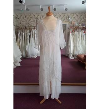42876e3d497 Second-Hand   Vintage Wedding Dresses - Oxfam GB