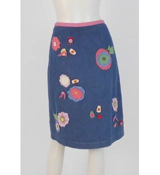7b70f82a72e0d6 Women s Vintage   Second Hand Skirts - Oxfam GB