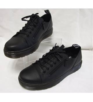 Authentic Dr martens Dante Zip Black Trainers Dr Martens - Size: 10 - Black    Oxfam GB   Oxfam's Online Shop