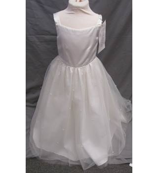 bdbe07179f92 Rhapsody - Size: 6 - 7 Years - Cream / ivory - Full length Bridesmaid