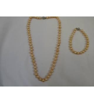 Costume Jewellery Bundle Joblot Costume Jewellery Necklaces/ Bracelets Bnwt