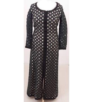 f8edfc80 Vintage 70s Frank Usher Size:16 black & cream hostess gown/evening dress