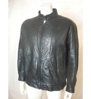 c69a093d Men's Vintage & Second-Hand Jackets & Coats - Oxfam GB