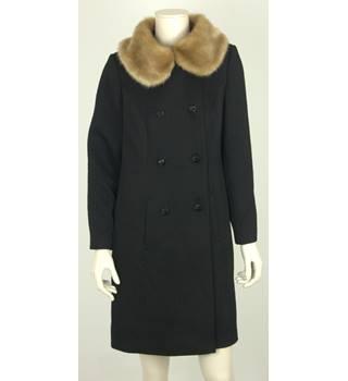 447fe611 Kaliko Size 10 Black Vintage Style Coat With Faux Fur Collar