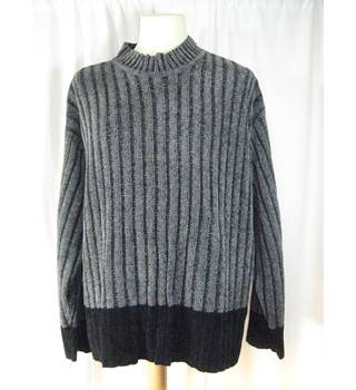 a121ec633a800 Men's Vintage & Second-Hand Jumpers & Cardigans - Oxfam GB