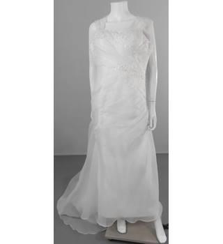 bb570d9c Second-Hand & Vintage Bridesmaid Dresses - Oxfam GB