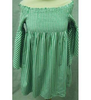 15f90c000551d Zara green/white striped cold shoulder top size S/M Zara - Size: