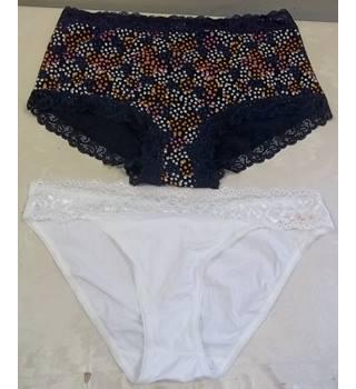 f600e52fe3 Women's Vintage & Second-Hand Swimwear & Underwear - Oxfam GB