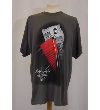 e46699d9f Roger Waters The Wall Live - NEW - Size: XL - The Wall Live &