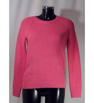 443487a0e748c Gap Sweater - Bright Pink - Size S (Size 8/10) Gap -