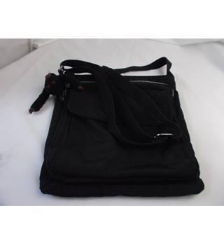 bc1997f8a27 Women's Second-Hand Handbags, Backpacks & Purses - Oxfam GB